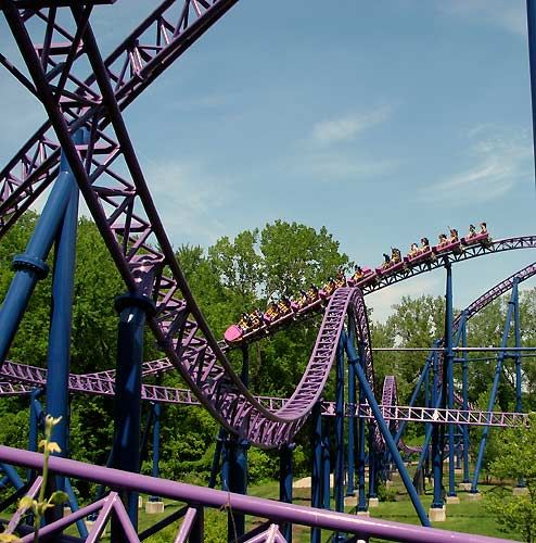 The 10 Tallest Roller Coasters in the World: Honorable Mention: Bizarro (formerly Superman)- 221 Foot Drop