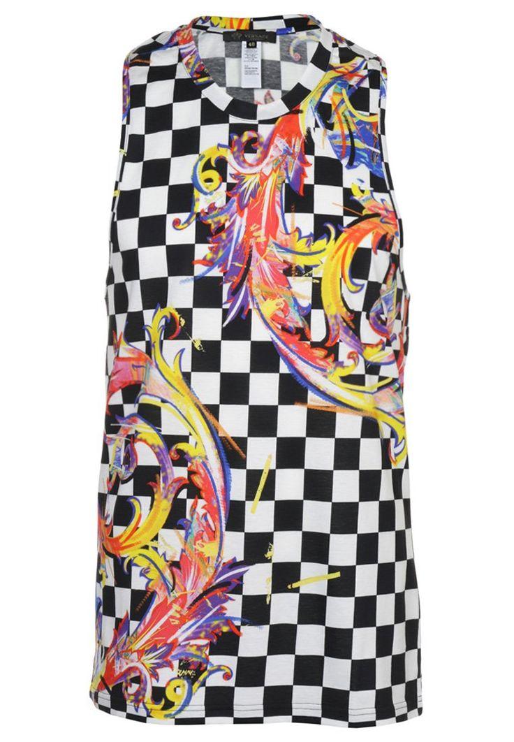 Versace Top white 737.10zł Materiał: 100% bawełna #moda #fashion #men #mężczyzna #versace #top #white #biały #kolorowy #męski #szachownica