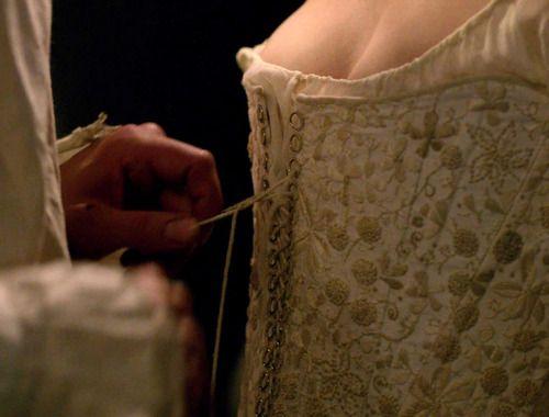 Картинка с тегом «corset and old»