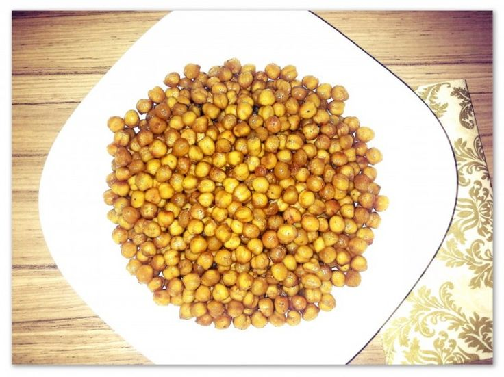 Food: Healthy Snack – baked chickpeas