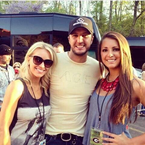 Luke & Caroline Bryan & Niece Kris