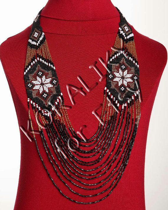Black+/Gold+/White+/Red.+Traditional+Ukrainian+Folk+por+koraliky,+$46.70