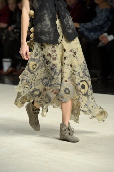 Эскизы - коллекция Кати Пшеченко весна-лето 2011. Not something I would actually wear, but I love the whole collection. It looks like this guy made everything from felt.