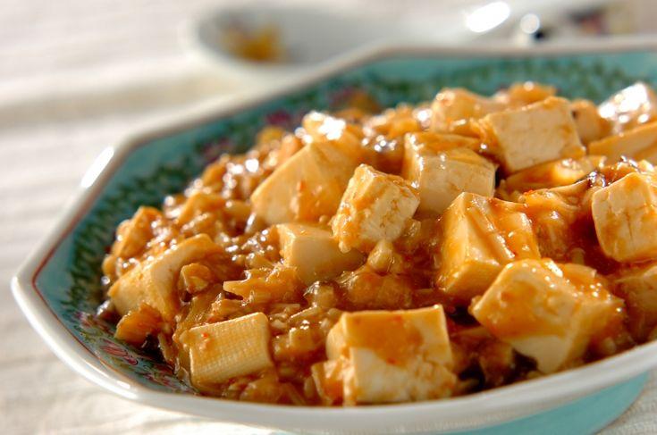 お肉を使わないで、キノコで旨みを出した食物繊維たっぷりのベジ麻婆豆腐です。隠し味のみその発酵菌でさらに美腸効果。キノコたっぷりベジ麻婆豆腐[中華/炒めもの]2017.02.06公開のレシピです。