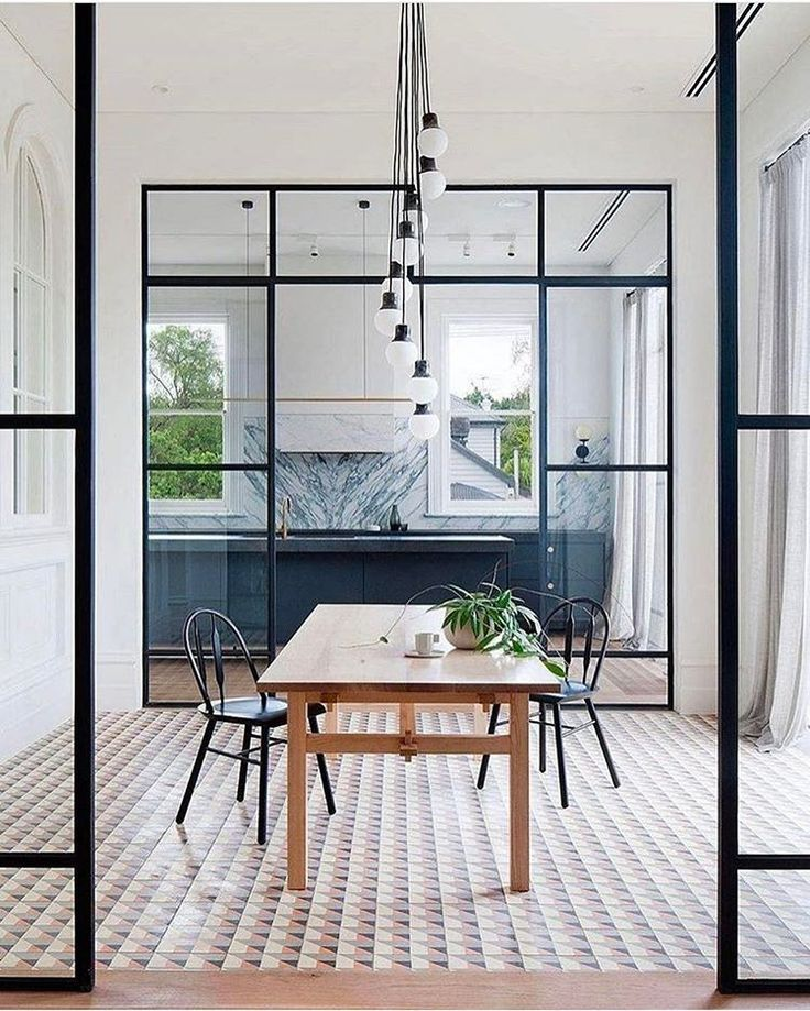 The definition of #interiordesign goals: obsessed with glass windows inside the house. | Design by Hecker Gutherie.
