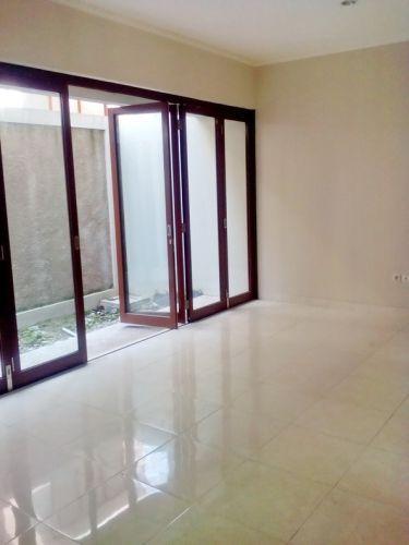 Disewakan Rumah di Discovery Conserva  Bintaro Jaya  Discovery Conserva Bintaro Jaya, Perigi Pondok Aren » Tangerang Selatan » Banten