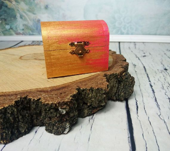 Small gold pink metalic shimmering Trinket box by MKedraHandmade
