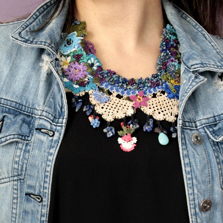 Jean jacket with flowers of the spring