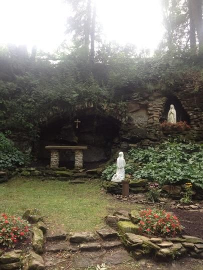 Saint Francis Grotto - Loretto, PA - ummmm is this a mostly catholic town????