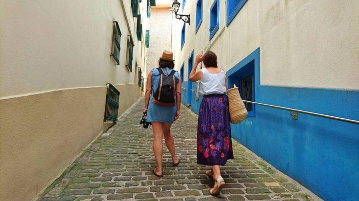 Getaria. Museo Balenciaga callejeo y bañito. Modo sin pulso total!  #whpmood #getaria #koxkerismos #igersdonostia #igersaquitaine #travelphotography #travelgram #côtebasque #paisvasco #basquecountry #paysbasque #blue #basquestyle #visitbasquecountry #iamatraveller #lonelyplanet