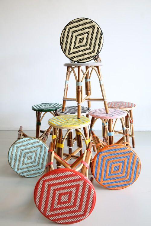 Rotan Franse Terrasstoelen zijn nu verkrijgbaar in Nederland bij HA50, voor Horeca meubilair en Particulier gebruik. Bekijk hier de kleurrijke collectie.