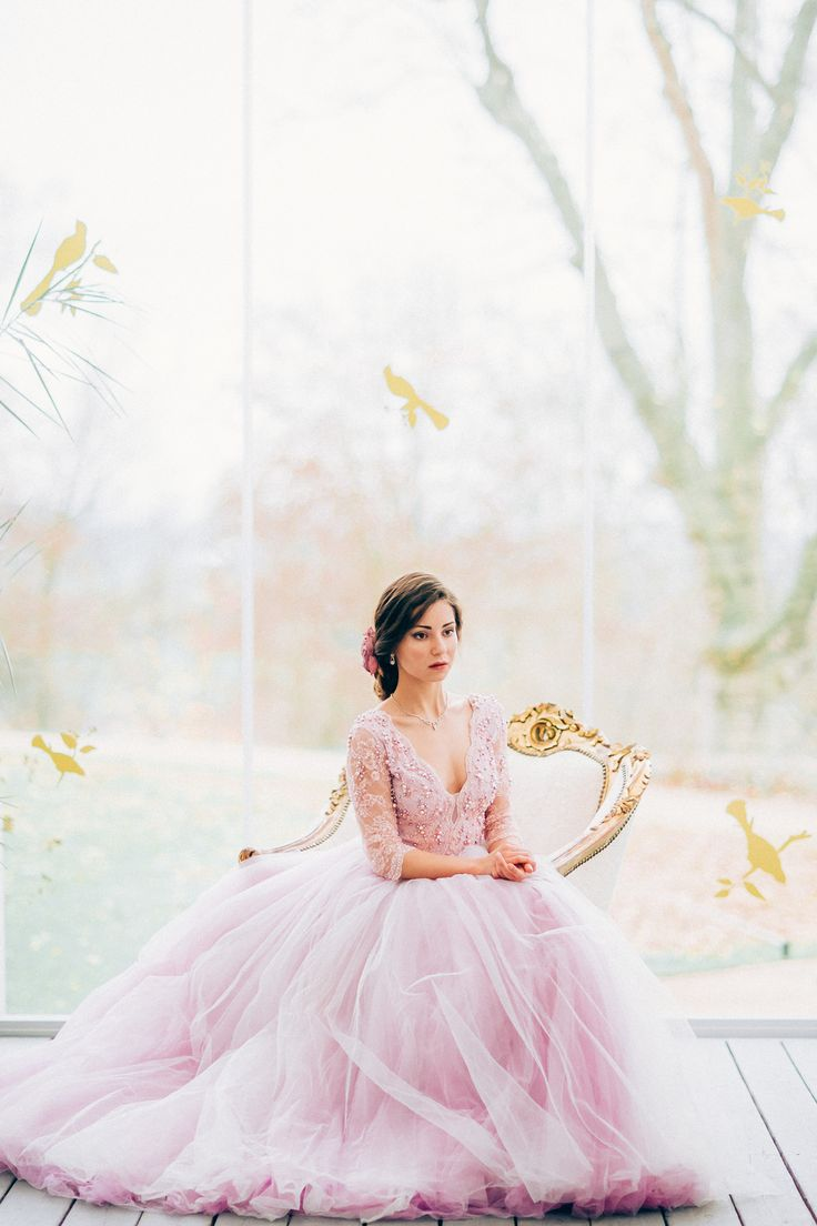 Winter Wedding at Chateau Mcely is like in the Fairytale