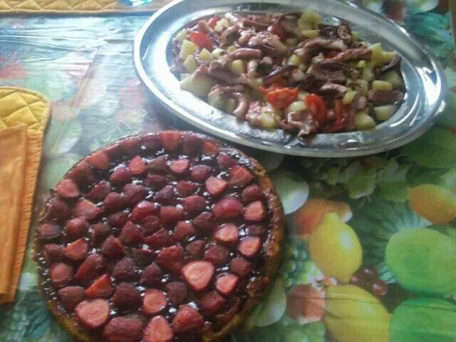 Cheesecake alle fragole e insalata di polpo e patate