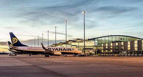 Wroclaw Airport #airport #planes #sky #sunset #travelling #flying #wroclaw #poland