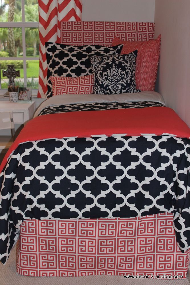 Best 25 Navy Coral Bedroom Ideas On Pinterest Coral Bedroom Navy Color Schemes And Navy