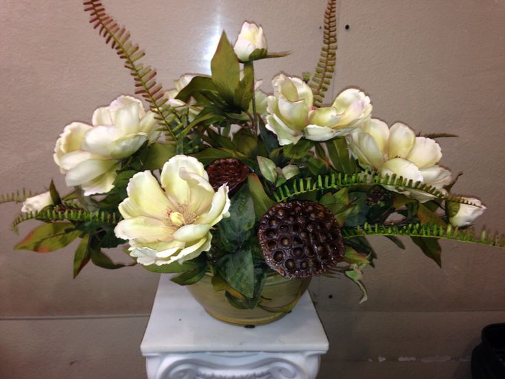 Best 25 Magnolia centerpiece ideas on Pinterest DIY  : 471019962a8d7992cc91ee0e662c3536 magnolia centerpiece floral designs from www.pinterest.com size 736 x 552 jpeg 57kB
