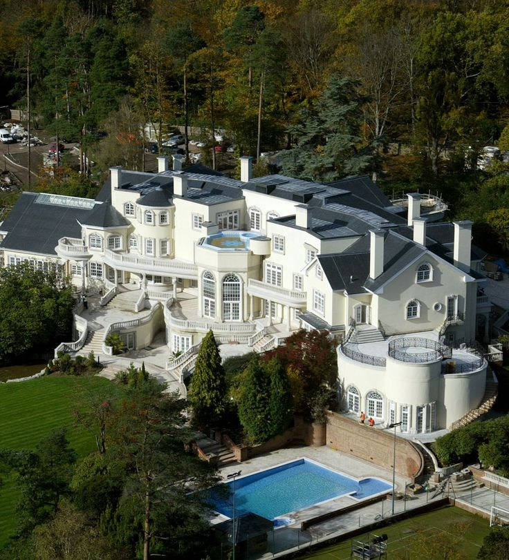 California Big Houses With Pools: 17 Best Images About Outrageous Homes And Gardens On