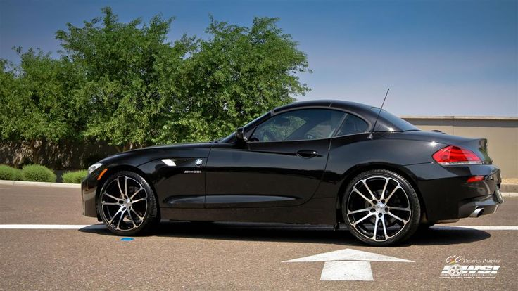 BMW Z4 with Custom Wheels by CEC in Los Angeles CA . Click to view more photos and mod info.