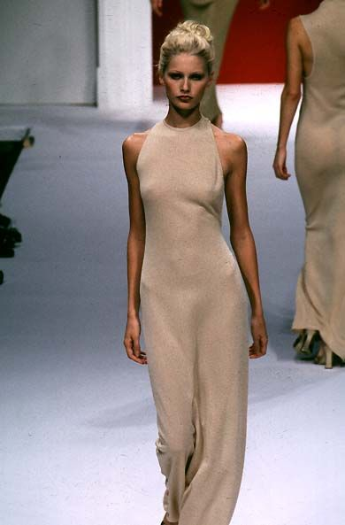 Kirsty Hume - Max Mara - Ready-to-Wear - Runway Collection - Women Spring / Summer 1997