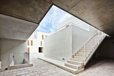 arquitectura zona cero: JUGANDO CON LOS LÍMITES / 19 VIVIENDAS SOCIALES EN SA POBLA (MALLORCA) DE RIPOLLTIZON