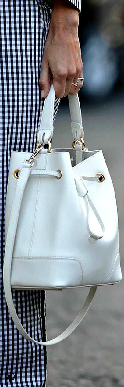 Street style - NYFW Spring 2015 cheap-mkbags.de.hm $61.99 mk handbags,michael kors bags,cheap mk bags:
