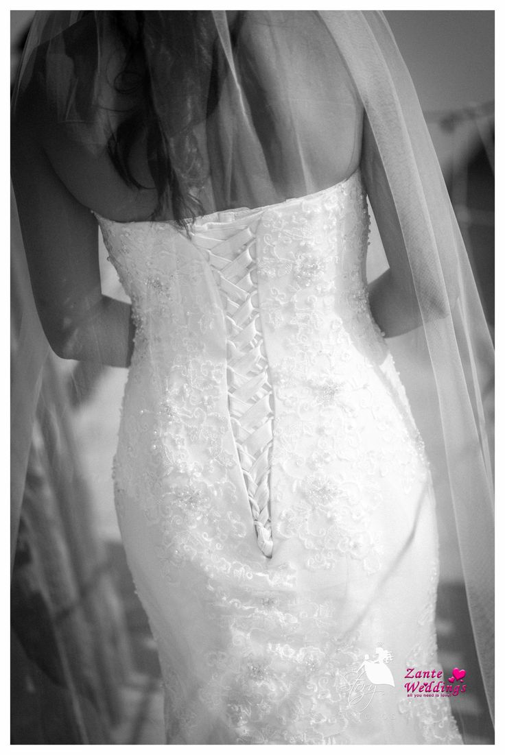 Beautiful details of the back of wedding dress! #storystudios