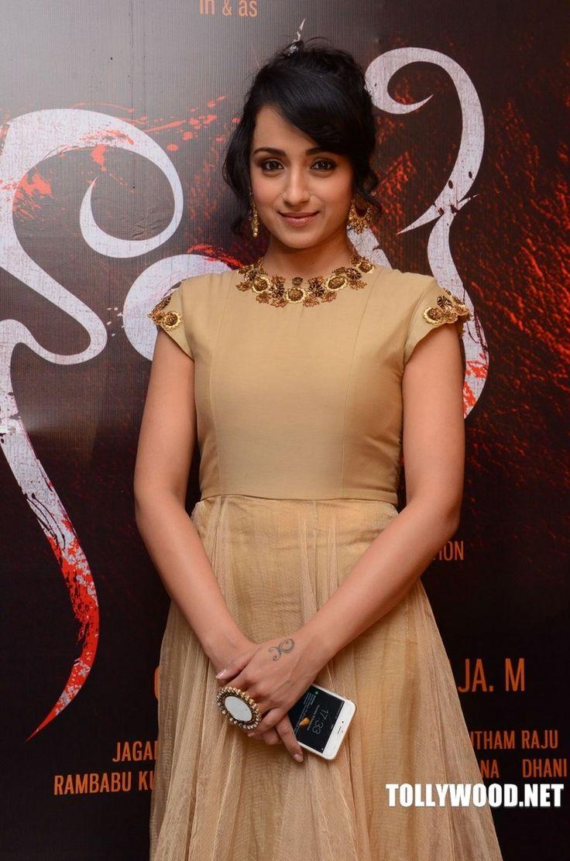 Trisha Krishnan New Stills