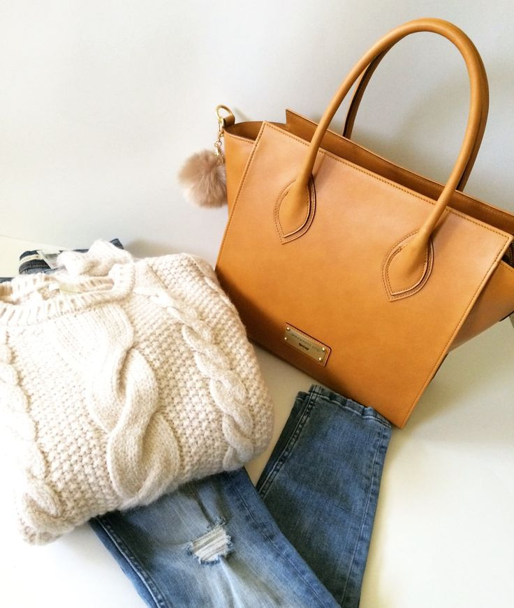 LUCILLA leather bag by Annamaria Pap