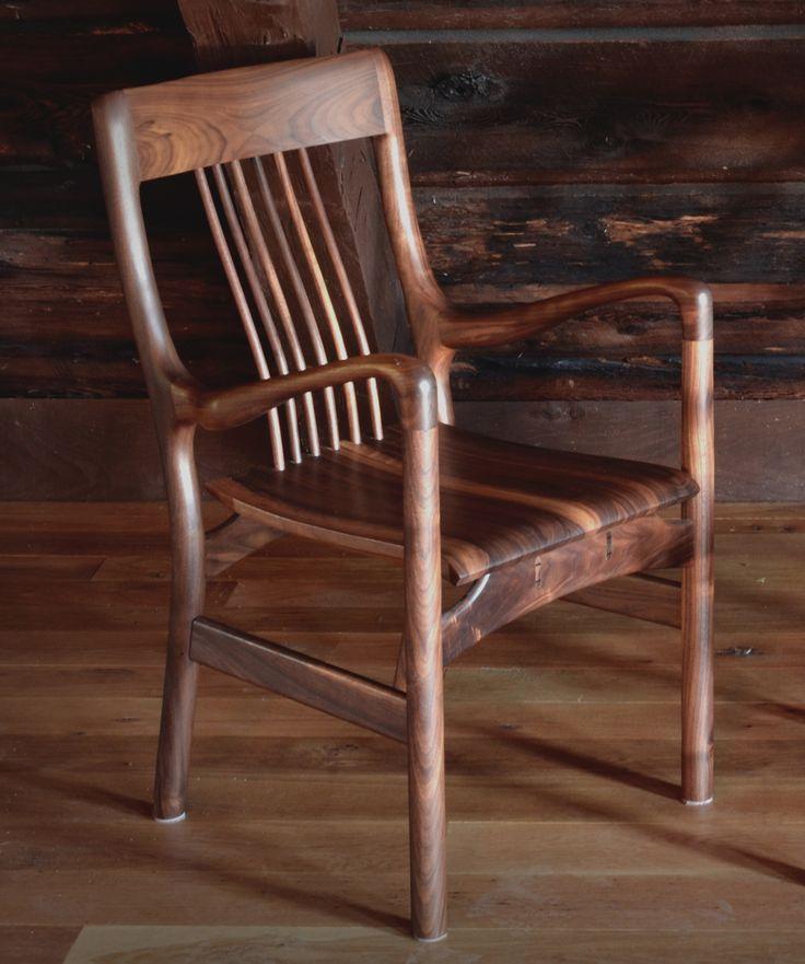 Chaise de salle à manger LOIC / Dining chair LOIC. #diningchair #design #chaisedecuisine