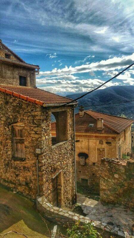 Village de Moltifao_ Corse.