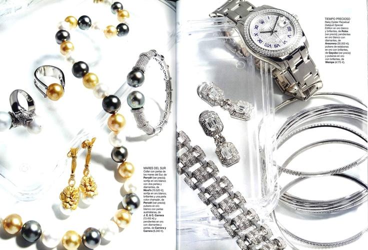 Tiempo precioso   Editorial by Vogue España   Bracelet from white gold with diamonds by Gayubo