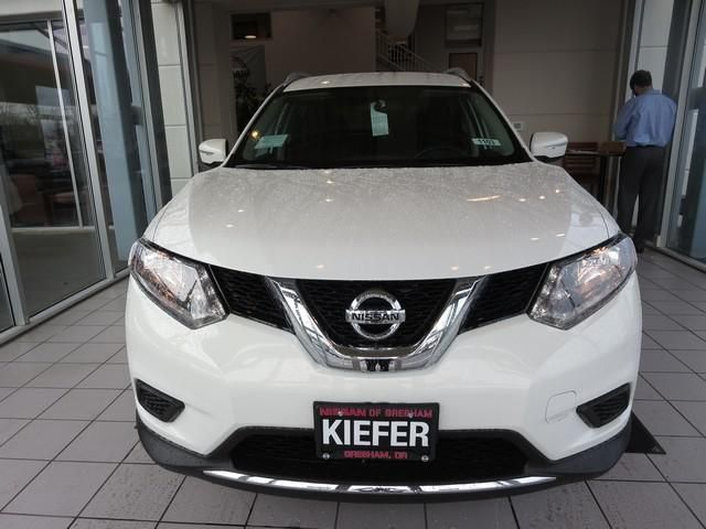 2014 Nissan Rogue SV AWD SV 4dr Crossover Wagon 4 Doors for sale in Troutdale, OR Source: http://www.usedcarsgroup.com/used-nissan-rogue-for-sale