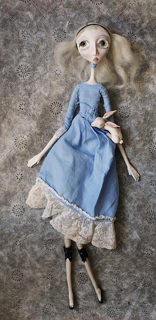 Alice, I doll.