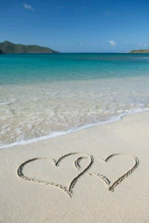 beach hearts | Love me Summertime | Pinterest | Happy ...