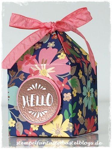Stampin Up_Box mit Pyramidendeckel_Pretty Petal Box_Anleitung_Tutorial_Muster für Dich_Roségold_Flamingorot_Stempelfantasie