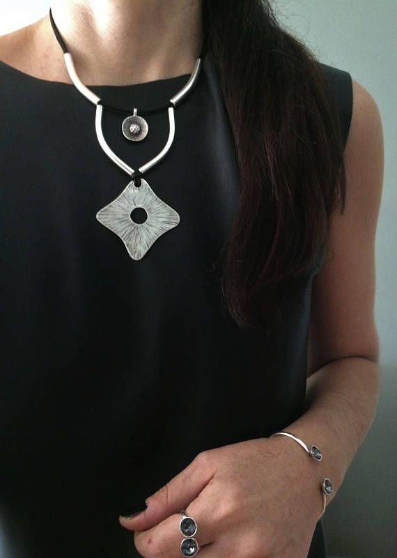 Rhompus silver necklacesilver engraved rhompus pendantsilver