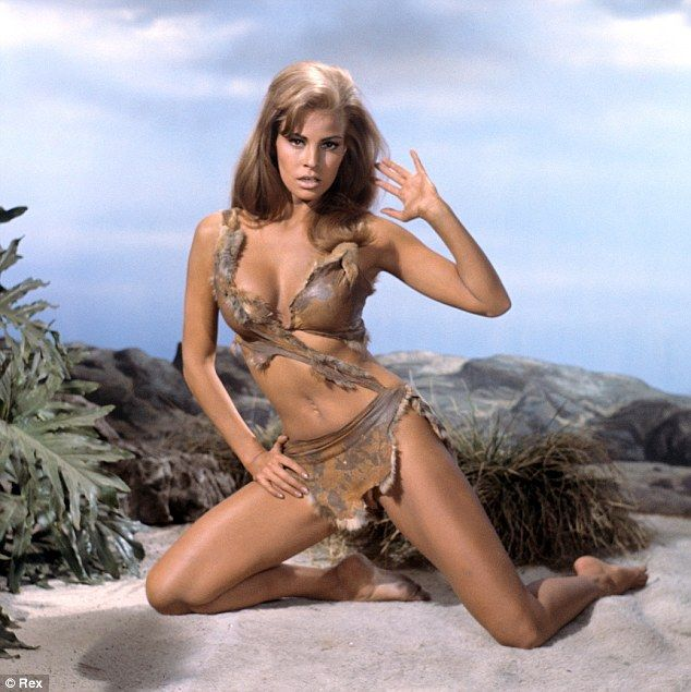 Raquel Welch -9 Celebrities Who Were Escorts Before Becoming Famous