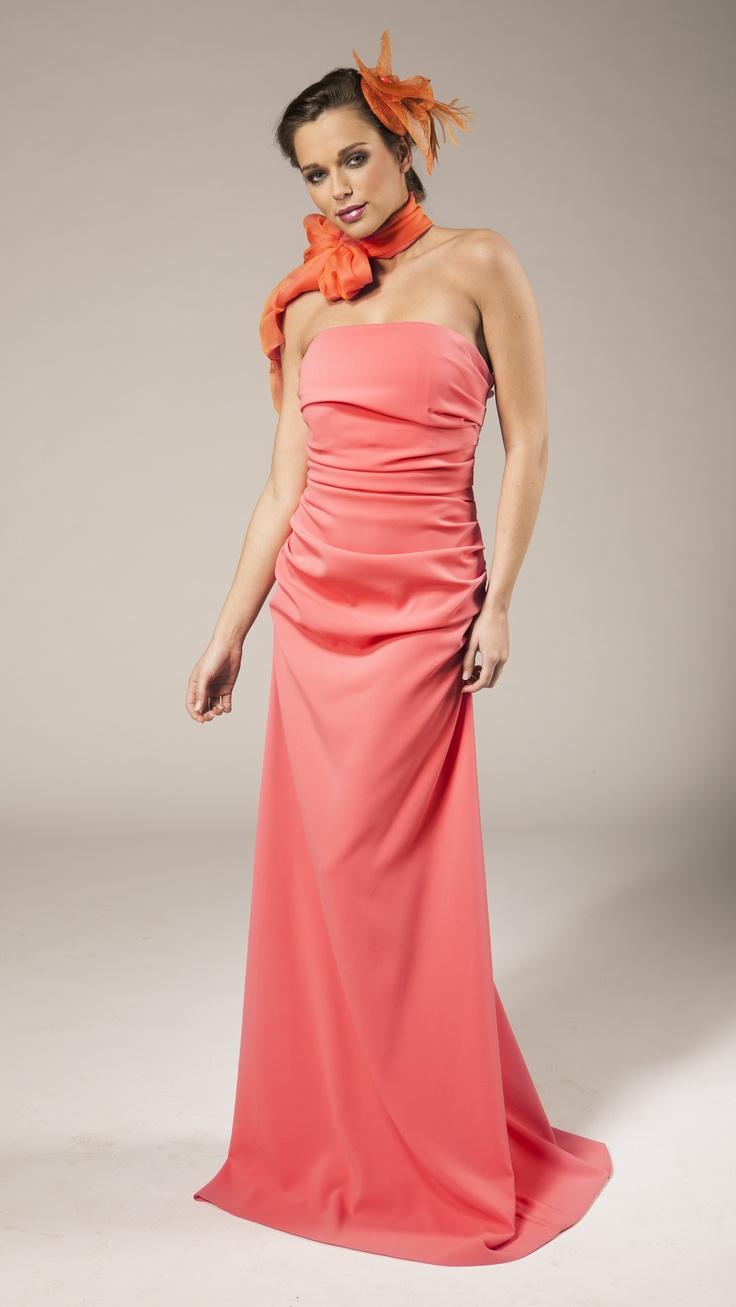 Long coral evening dress | Robe de soirée longue couleur corail | Lang koraal avondkleed | Anne-Sophie SMARTSHOPPING