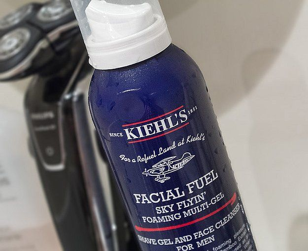 Kiehl's - Facial Fuel Sky Flyin' Foaming Multi-Gel | 9 Multipurpose Men's Grooming Products, check it out at http://makeuptutorials.com/mens-grooming-products-makeup/