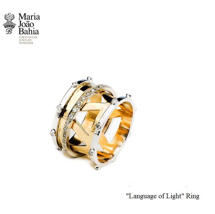 Yellow and Withe Gold with Diamonds in the 'Language of Light' Ring. Such an Unique piece  #MariaJoãoBahia, #authorjewelry #eleganceisanattitude #30anniversarymariajoaobahia #joiasdeautor #30anosmariajoaobahia #DJWE16 www.mariajoaobahia.pt
