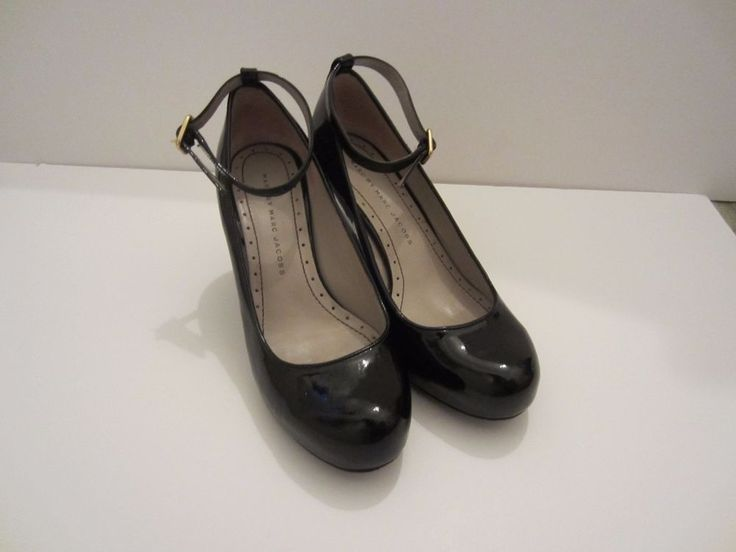 Marc Jacobs women's black patent leather wedge size 36 / 6 #MarcJacobs #PlatformsWedges