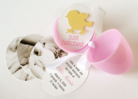 adorable way to announce baby!!!: Births Announcements, Idea, Cute Baby, Eggs Baby, Baby Announcements, Birth Announcements, Easter Eggs, Baby Shower