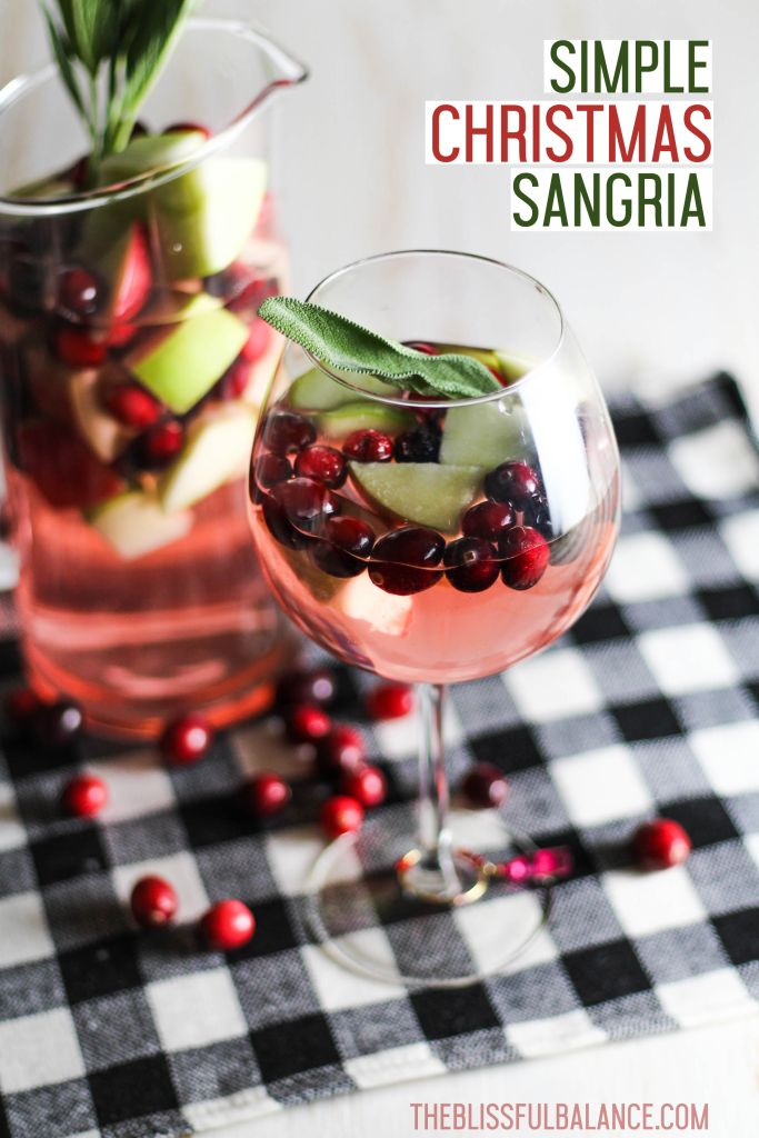 Simple Christmas Sangria | recipe wine party apple drink