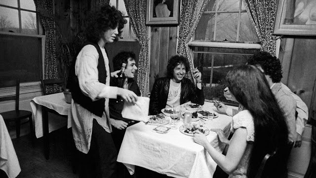 Photographer Ken Regan took almost 14,000 photographs during his time with Bob Dylan's Rolling Thunder Revue. He had complete, unrestricted and exclusive acc...