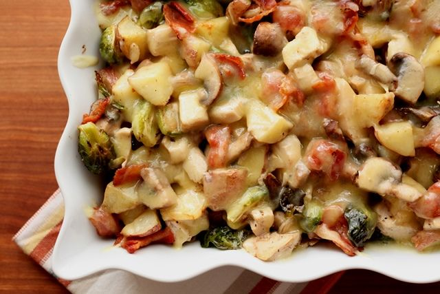 ... Roasted Potatoes with Brussels Sprouts, Mushrooms, Chicken and Bacon