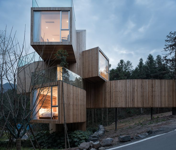 Image 11 of 22 from gallery of The Qiyun Mountain Tree House / Bengo Studio. Photograph by Chen Hao