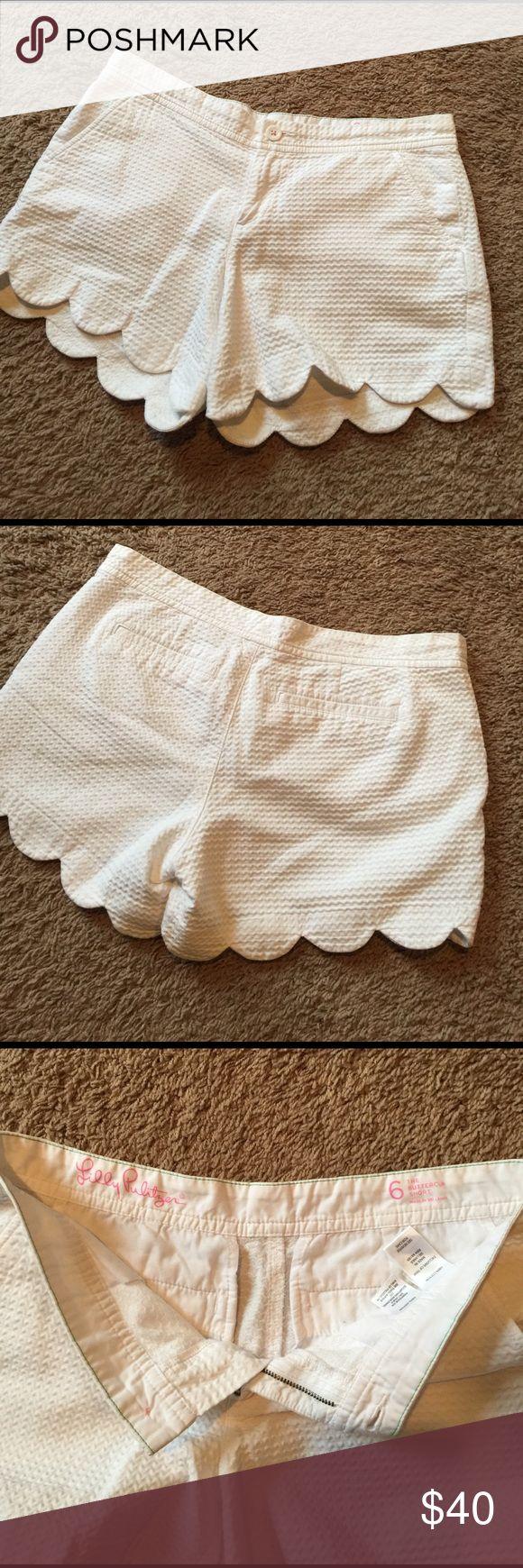 White Lilly Pulitzer Buttercup Shorts. Sz 6. EUC. White Lilly Pulitzer Buttercup Shorts. Sz 6. EUC. Lilly Pulitzer Shorts