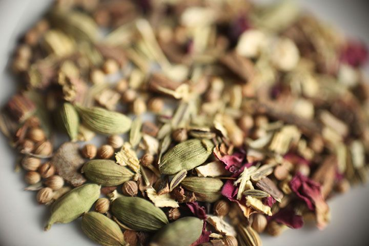 Ayurvedic Morning Detox Tea This is a detoxifying tea that consists of the revered Ayurvedic herbs cumin, coriander and fennel. Cumin, according to Ayurveda, is balancing for all three doshas.