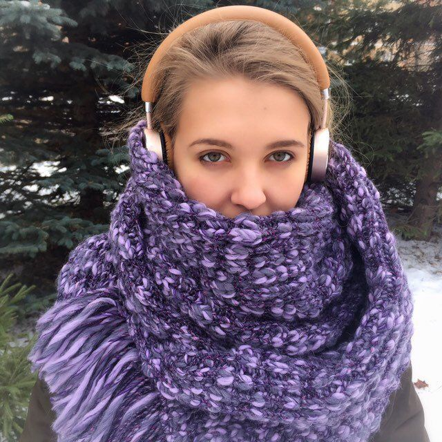 Chunky knit scarves for women Hand knit headband and cowl scarf set Handmade accessories Knitted winter set for women in Blue