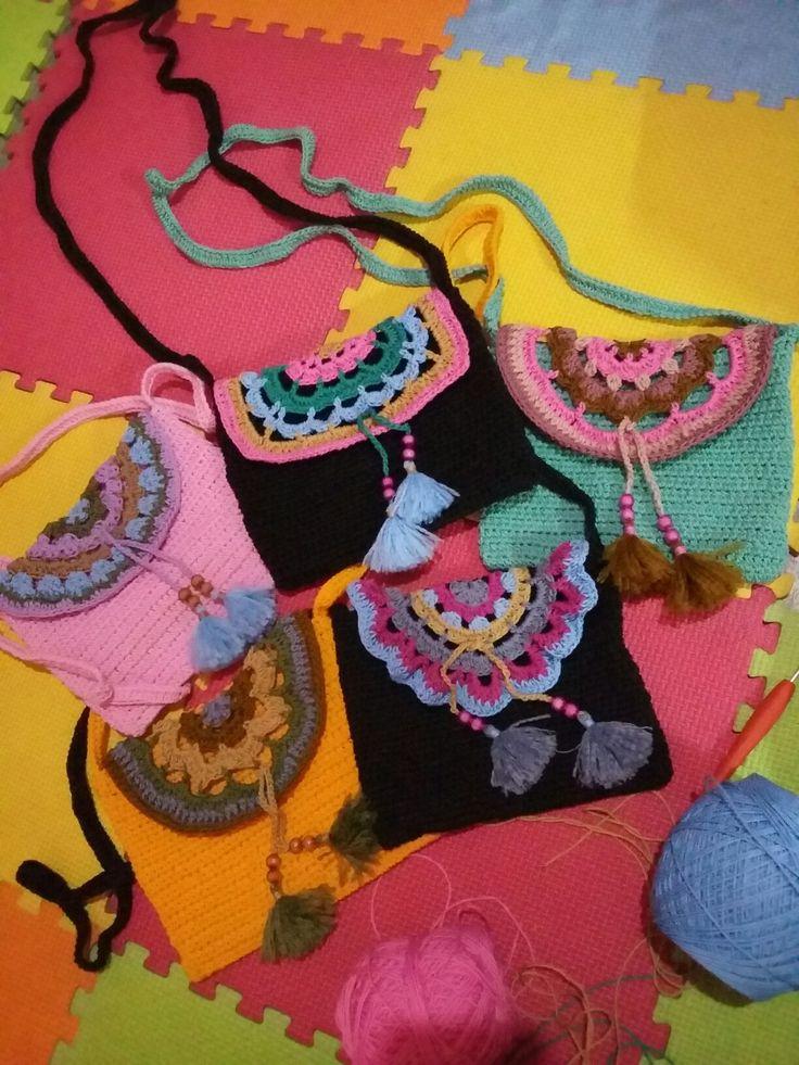 Crochet slingbag